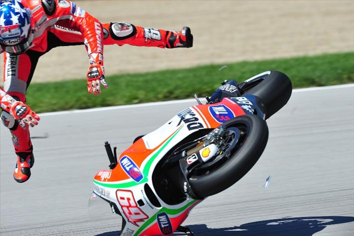 Падение Ники Хэйдена квалификация Гран-При Индианаполиса 2012