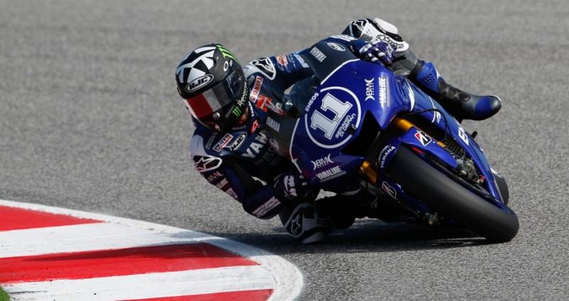 Гонщик команды Yamaha Factory Racing Бэн Спис