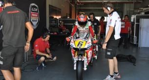 Штефан Брадль тест Арагон MotoGP 2012 боксы