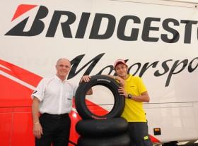 Валентино Росси продолжил соглашение с Bridgestone