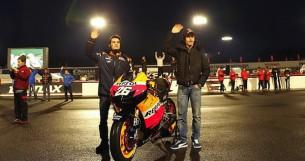 Гонщики команды Repsol Honda Дани Педроса и Марк Маркес