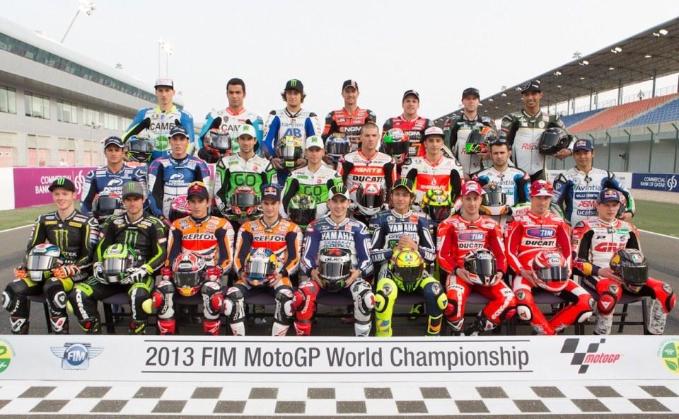 Групповое фото гонщиков MotoGP 2013