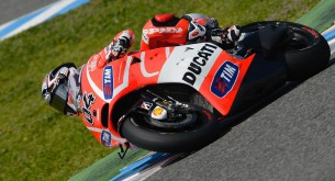 04dovizioso,action,motogp__lg42511_original