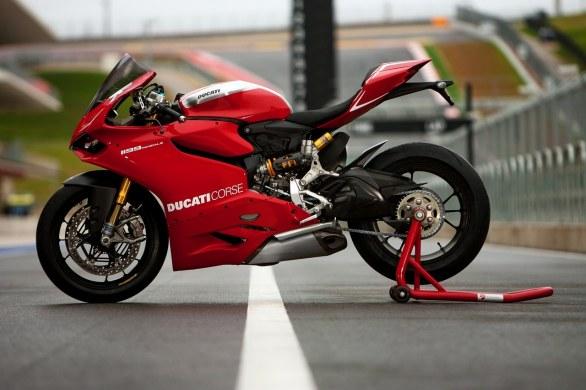 Ducati представляет Panigale 1199 R