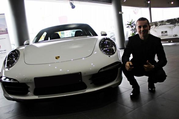 Хорхе Лоренсо займется рекламой Porsche 911