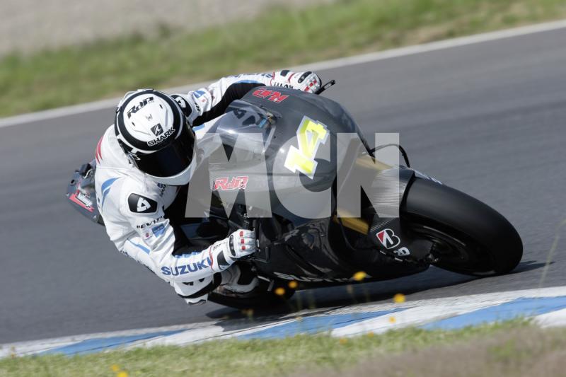 Рэнди Де Пюнье тестирует прототип Suzuki MotoGP