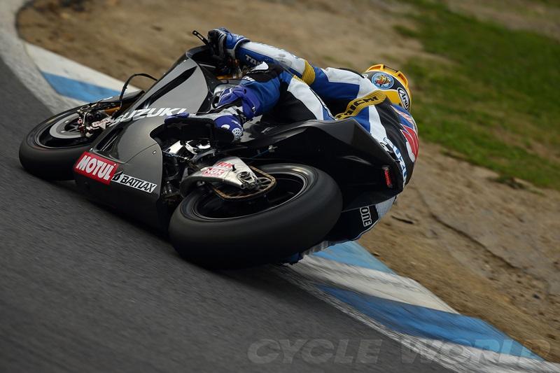 Фото прототипа Suzuki MotoGP 2014