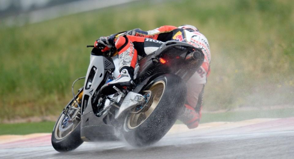 Штефан Брадль на мотоцикле 2014 года