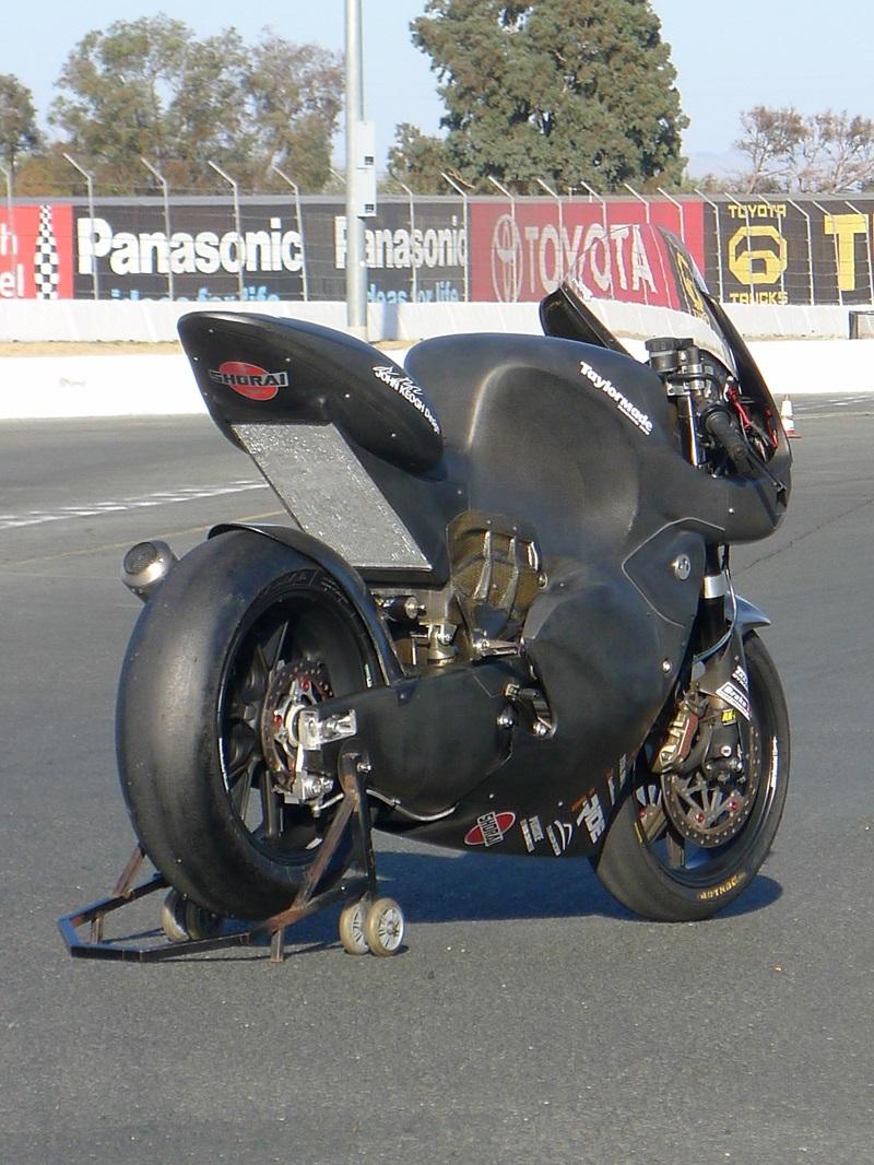 Taylormade Carbon2 — новый гоночный мотоцикл чемпионата мира Moto2