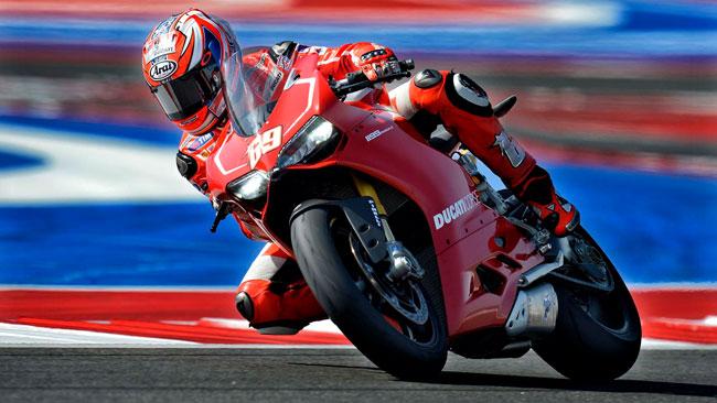 Ники Хэйден попробовал 1199 Panigale Superbike в Муджелло