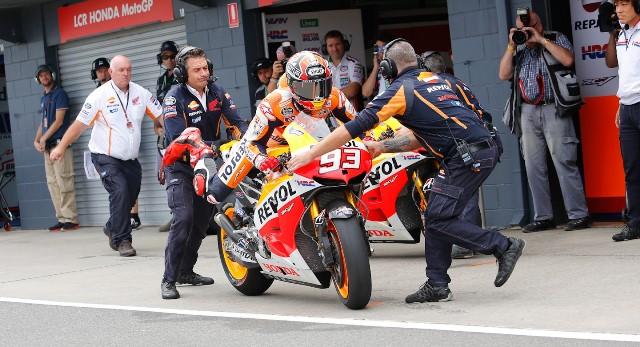Марк Маркес пит-стоп MotoGP Гран-При Австралии 2013