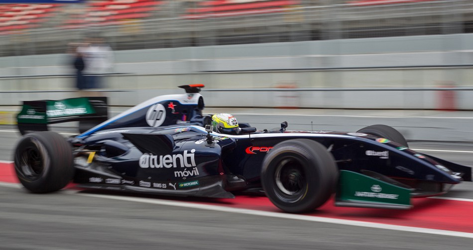 Пол Эспаргаро разбил машину Формулы Рено 3.5