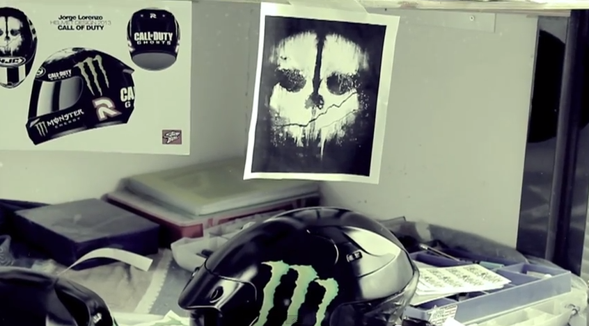 Новый шлем Хорхе Лоренцо в стиле Call of Duty