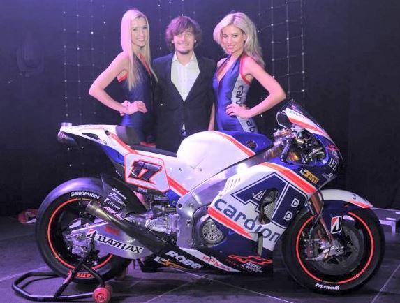 новые цвета мотоцикла команды Cardion AB Motoracing
