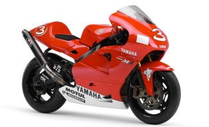 Yamaha YZR-M1 (0WM1). 2002 год.