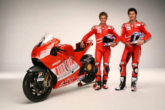 В одной команде - два чемпиона MotoGP. Так сразу и не вспомнить, когда подобное было в последний раз...