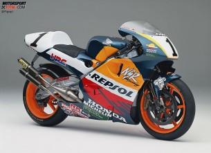 Honda NSR500. 1997 год. 185 л.с. 130 кг. Мик Дуэн, Алекс Кривиль