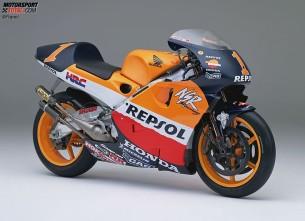 Honda NSR500. 1999 год. 185 л.с. 130 кг. Мик Дуэн, Алекс Кривиль, Тадаюки Окада, Сете Жибернау