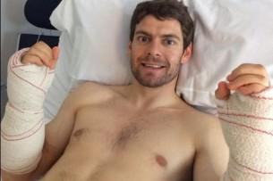 Кэл Кратчлоу перенес операцию на оба предплечья