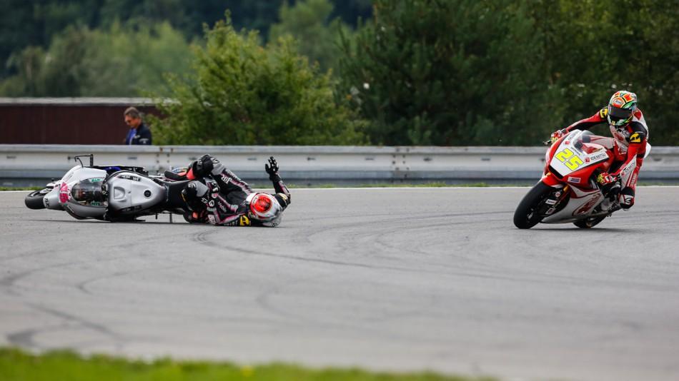 MotoGP Гран-При Чехии 2014: Падения