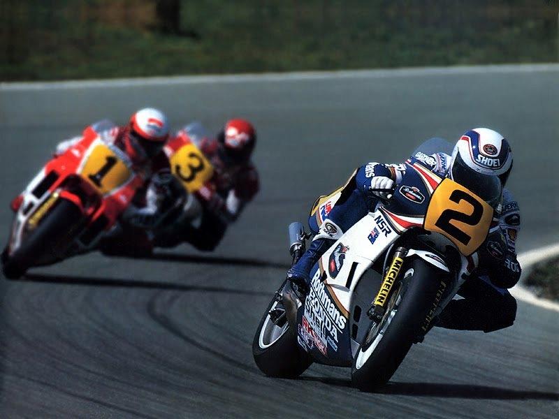 Первый австралийский чемпион Гран-При Уэйн Гарднер был, наверное, самым безбашенным гонщиком 80-х. Его агрессивному стилю хорошо подошел такой же характер двухтактного мотора Honda NSR500