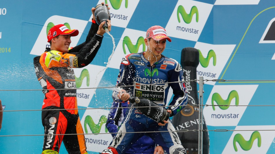 Хорхе Лоренсо, пилот Movistar Yamaha MotoGP, на подиуме