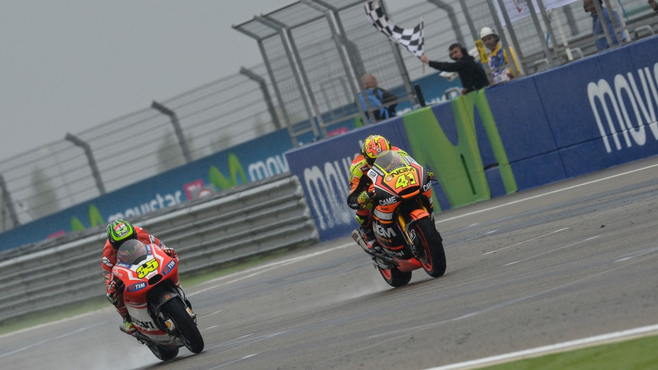 Алекс Эспаргаро и Кэл Кратчлоу, MotoGP 2014