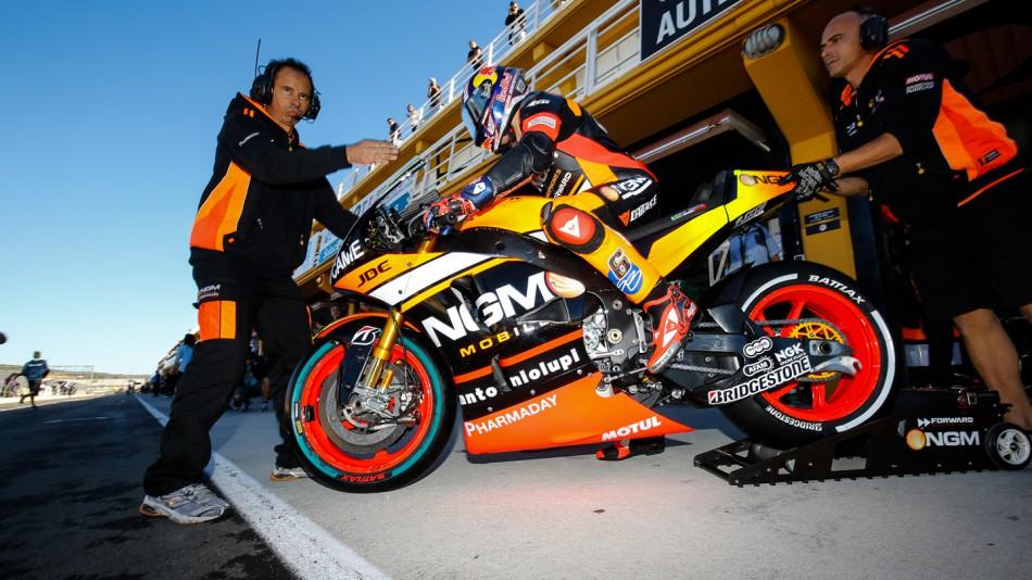 Штефан Брадль, NGM Forward Racing, MotoGP 2015
