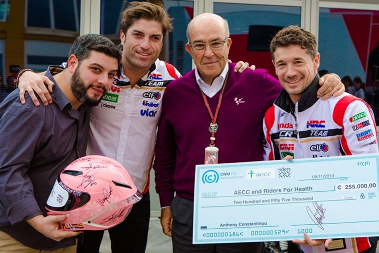 На аукционе был продан шлем с автографами звезд MotoGP за €255 000