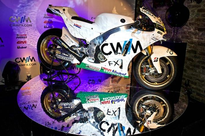 Крачлоу и Миллер представили свои мотоциклы LCR Honda MotoGP 2015 года
