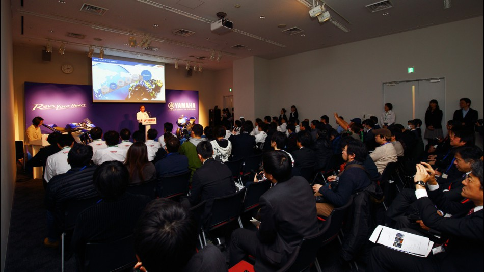Yamaha официально объявила об использовании в 2015 году новой коробки передач