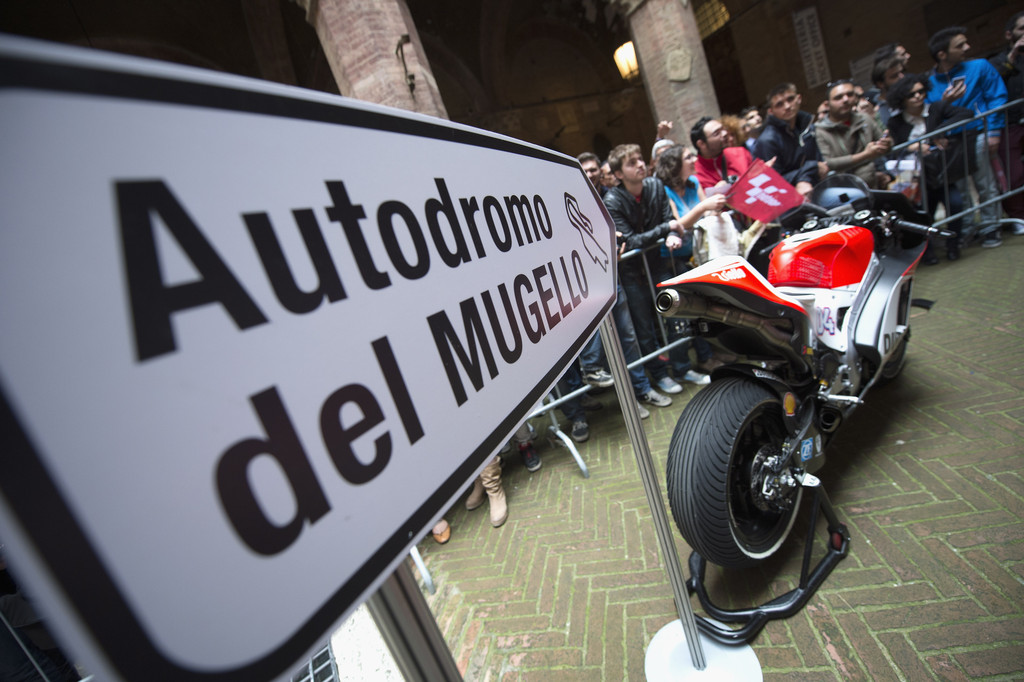 Ducati Андреа Довициозо