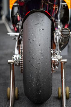 Покрышка MotoGP