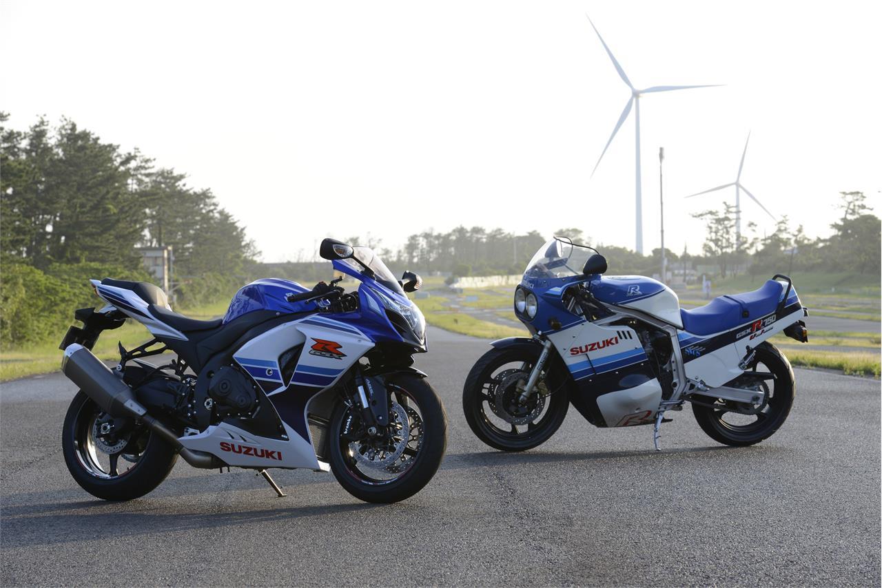 Два поколения Suzuki GSX-R (2015 и 1985)