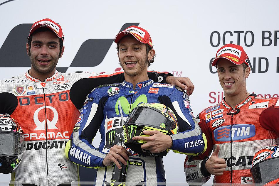Подиум MotoGP: Петруччи, Росси, Довициозо