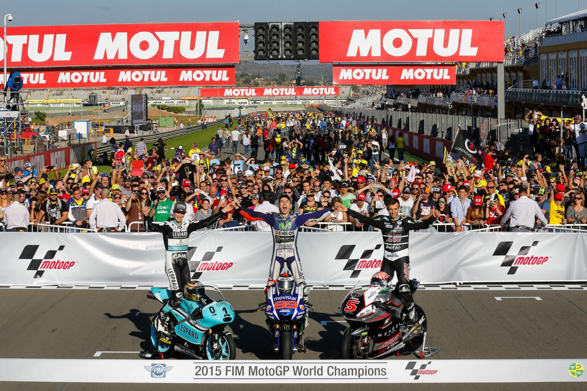 Чемпионы 2015 года (Кент, Лоренцо, Зарко)