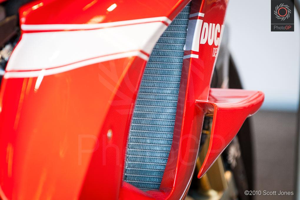 Ducati GP10: Антикрылья