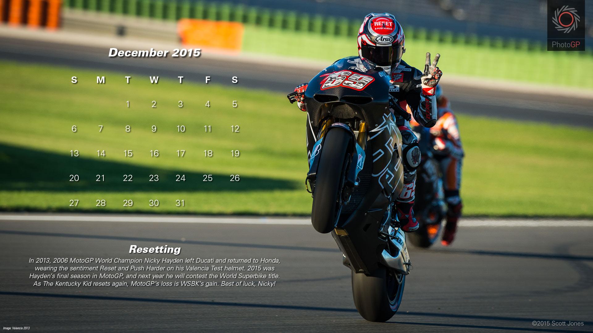 Календарь в стиле MotoGP на декабрь 2015 года от фотографа Скотта Джонса