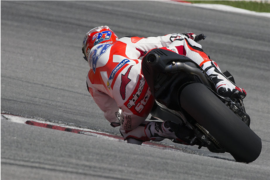 Приватные тесты Ducati MotoGP 2016 Кейси Стоунер_0001_9-OK_TSTMAL-00348