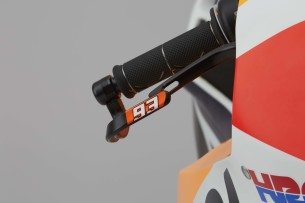 2016-Honda-RC213V-Marc-Marquez-13