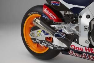 2016-Honda-RC213V-Marc-Marquez-15