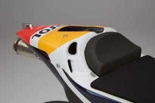 2016-Honda-RC213V-Marc-Marquez-19