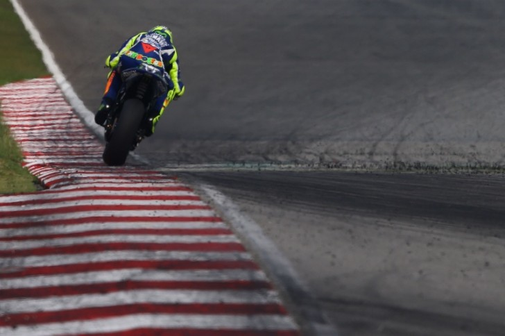 Валентино Росси, Movistar Yamaha MotoGP, тесты 2016