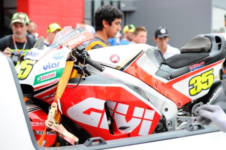 Кэл Крачлоу и, Гран-При Аргентины, MotoGP 2016, мотоцикл после аварии