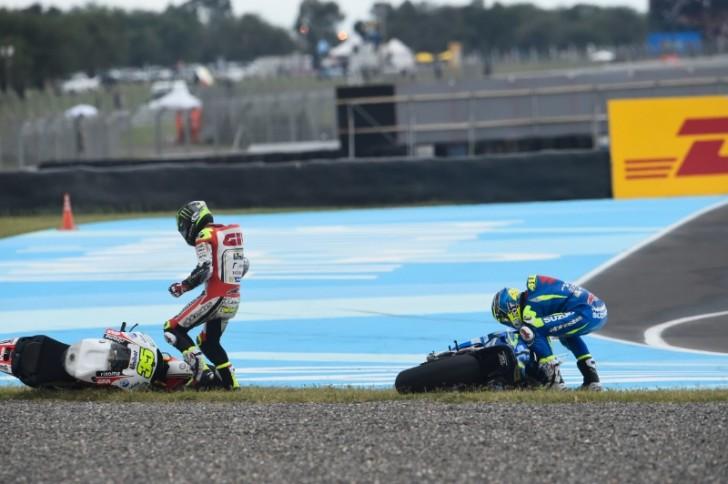 Кэл Крачлоу и Алейш Эспаргаро, Гран-При Аргентины, MotoGP 2016, авария, падение
