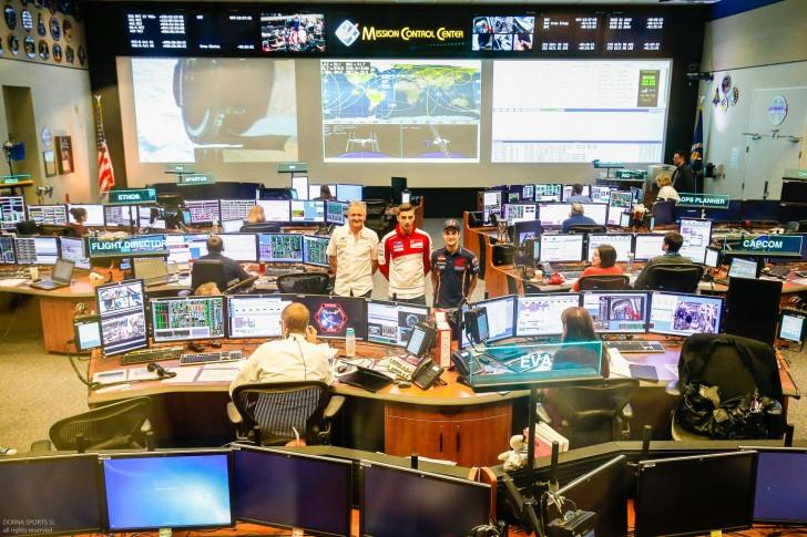 Педроса, Шванц и Ианноне в центре NASA
