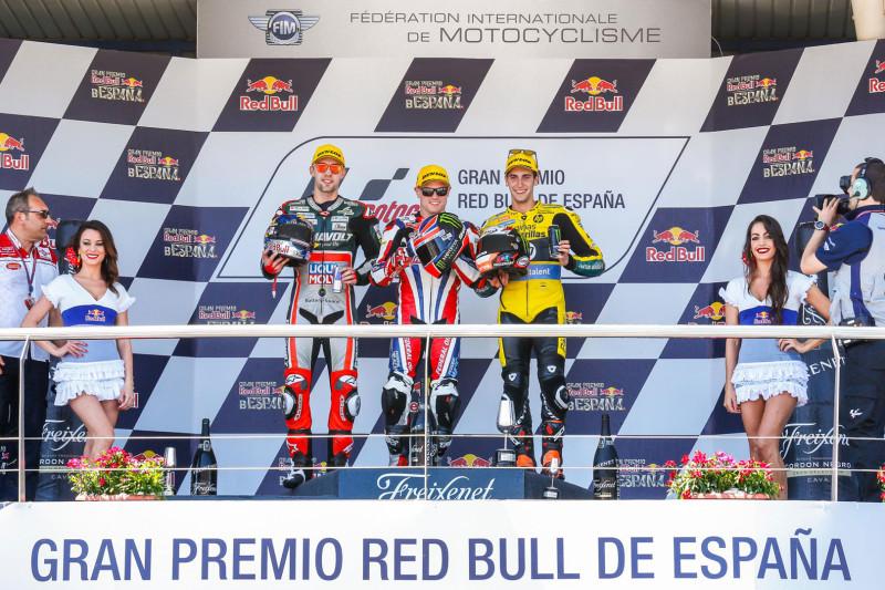 Сэм Лоус, Йонас Фольгер и Алекс Ринс - подиум Гран-При Испании 2016