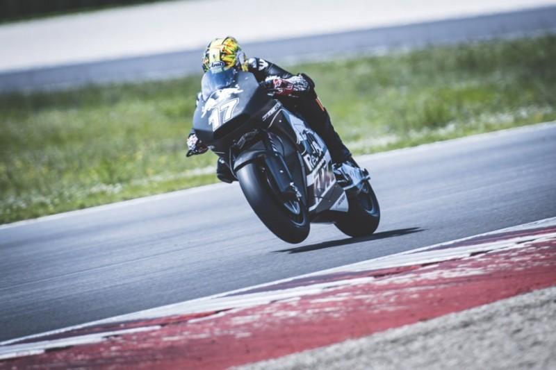 Карел Абрахам на KTM RC16