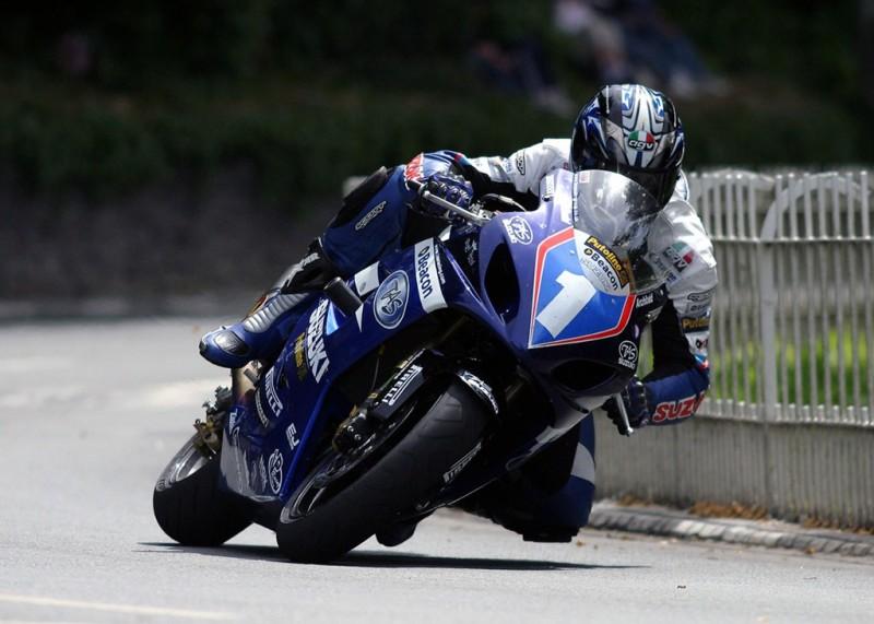 Эдриан Арчибальд на Isle of Man TT 2004