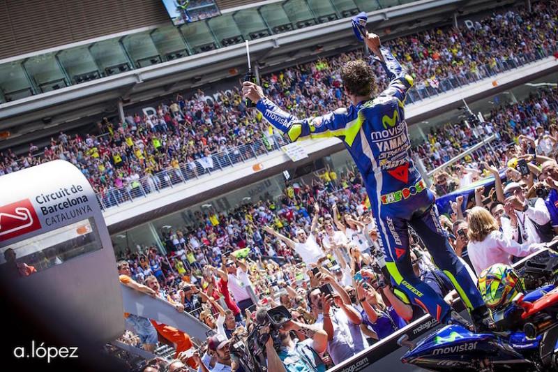Валентино Росси, победа, гонка MotoGP Гран-При Каталонии 2016